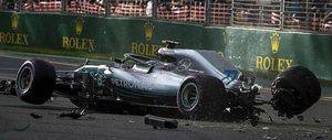 Θρύψαλα η Mercedes του Μπότας