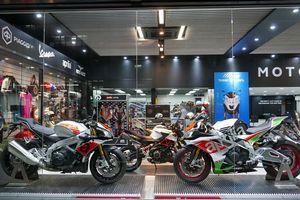 Όμιλος Piaggio: Παγκόσμιο δίκτυο διανομής 300 Motoplex