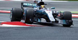 GP Ισπανίας: O Χάμιλτον νίκησε τον Φέτελ